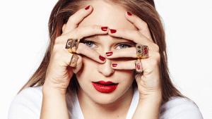 emoji jewelry, emoji, emoticon, social media, jewelry, trends, fashion, accessories,